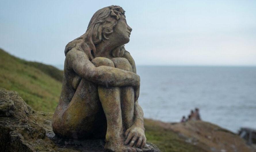 Se terminó el misterio: Este es el creador de la escultura que apareció en Playa Chica