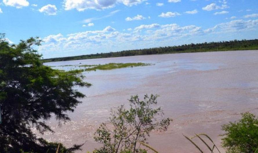 Tragedia: un hombre de 37 años intentaba cruzar el río y murió ahogado