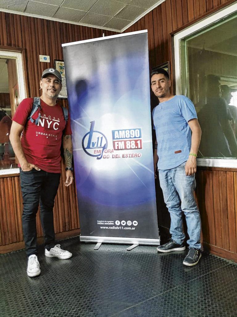 """El nuevo grupo de cumbia """"Don Mauro"""" se presentó en LV11"""