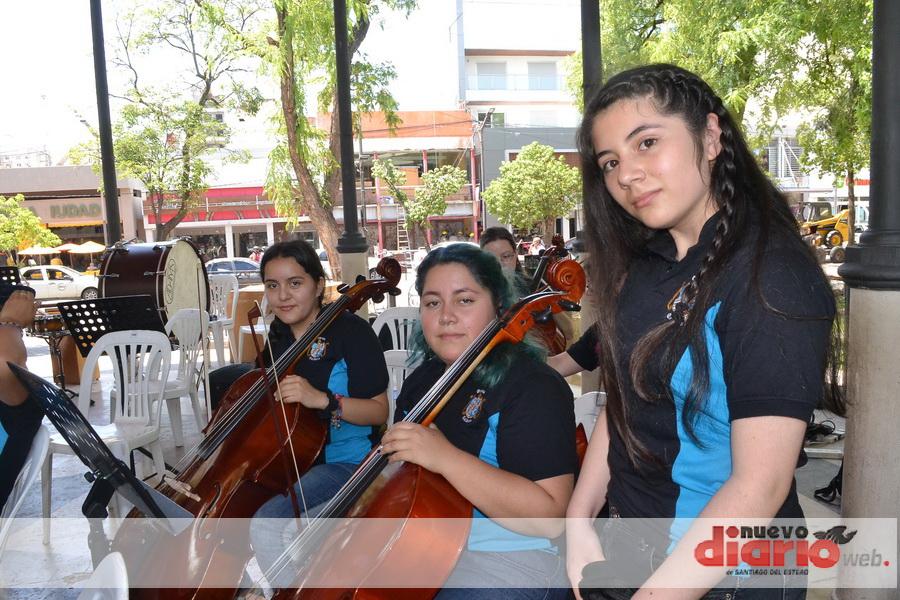 Actuación de la Orquesta Sinfónica de Santiago del Estero