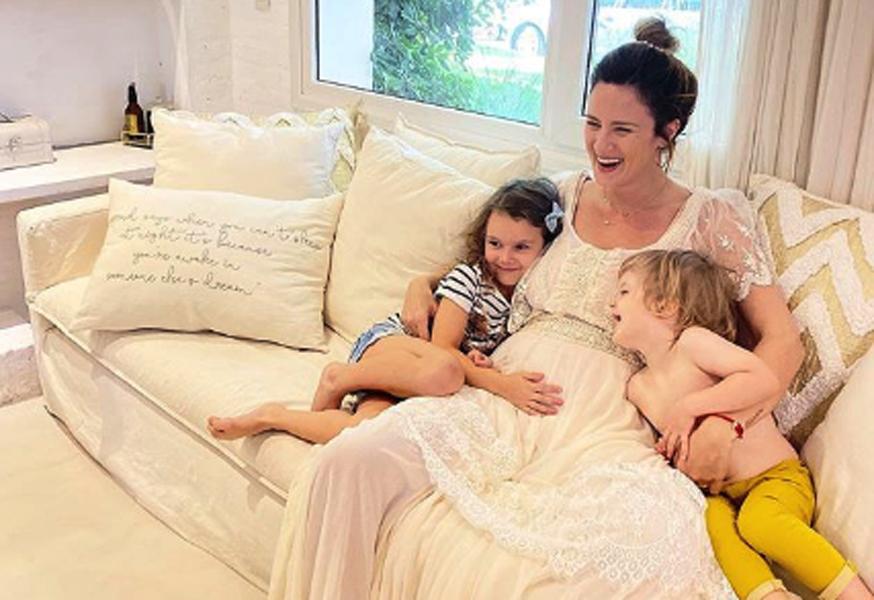 Paula Chaves abrió debate en las redes sobre el parto humanizado: Yanina Latorre la criticó