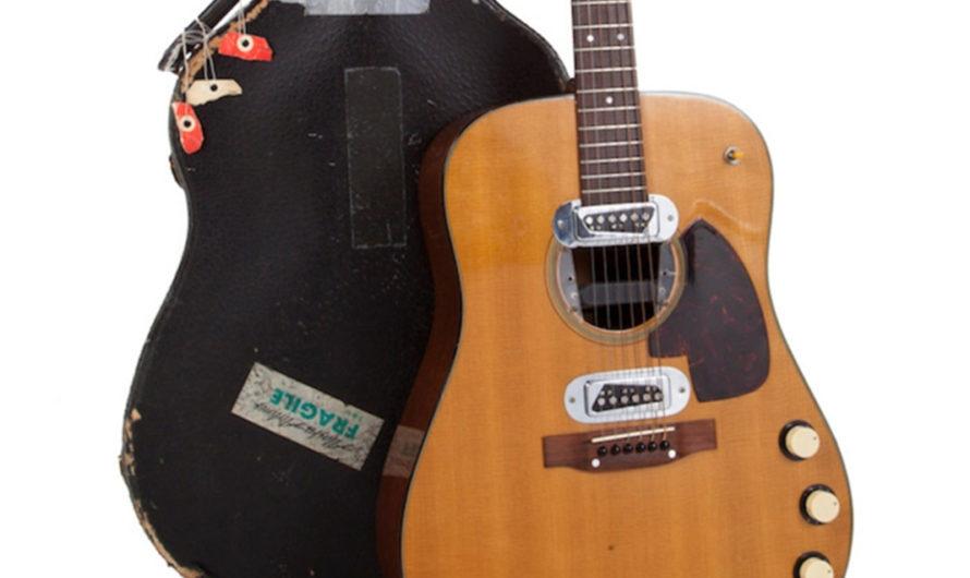 Pagaron 6 millones de dólares por una guitarra de Kurt Cobain [VIDEO]