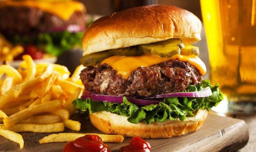 [GIGANTES Y DELICIOSAS] En el Día Mundial de la Hamburguesa, te enseñamos las mejores recetas