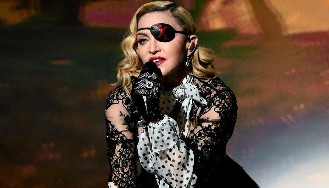 Madonna tuvo que cancelar tres conciertos por un «dolor abrumador» en sus piernas