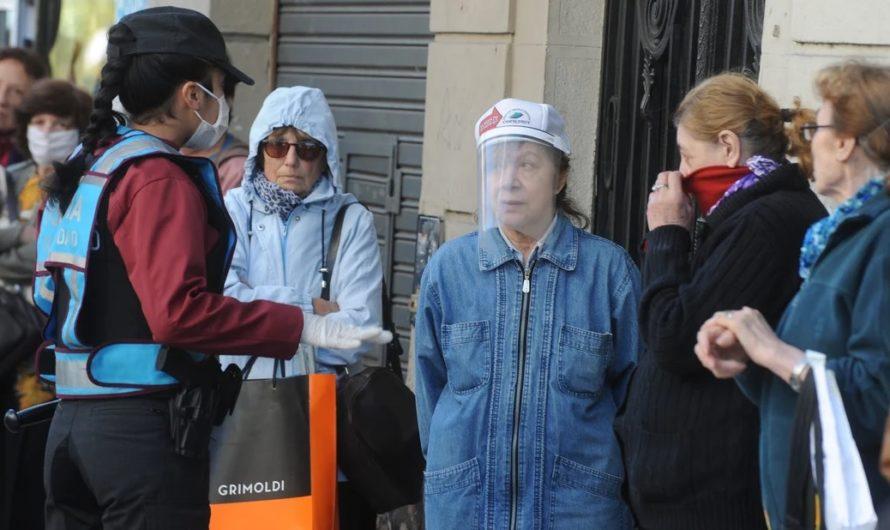 Se derrumba el mito: ¿las máscaras de plástico caseras sirven para protegerse?