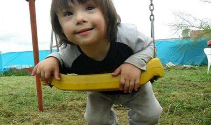 Renzo tenía 7 años, lo tiraron desde un balcón y murió: ahora juzgan a su padre y a la pareja [VIDEOS]