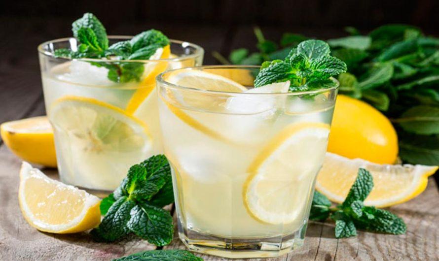 Agua Loca De Limón Y Mezcal