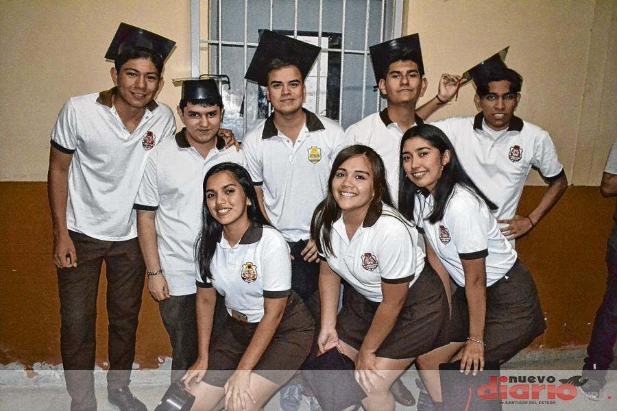 Egresados de la Escuela Técnica N°6 Comandante Manuel Besares