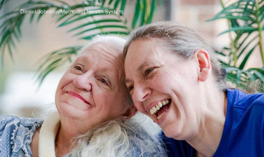 La internaron con Covid-19 y descubrió que la enfermera que la cuidaba era su hermana menor perdida hace más de 50 años