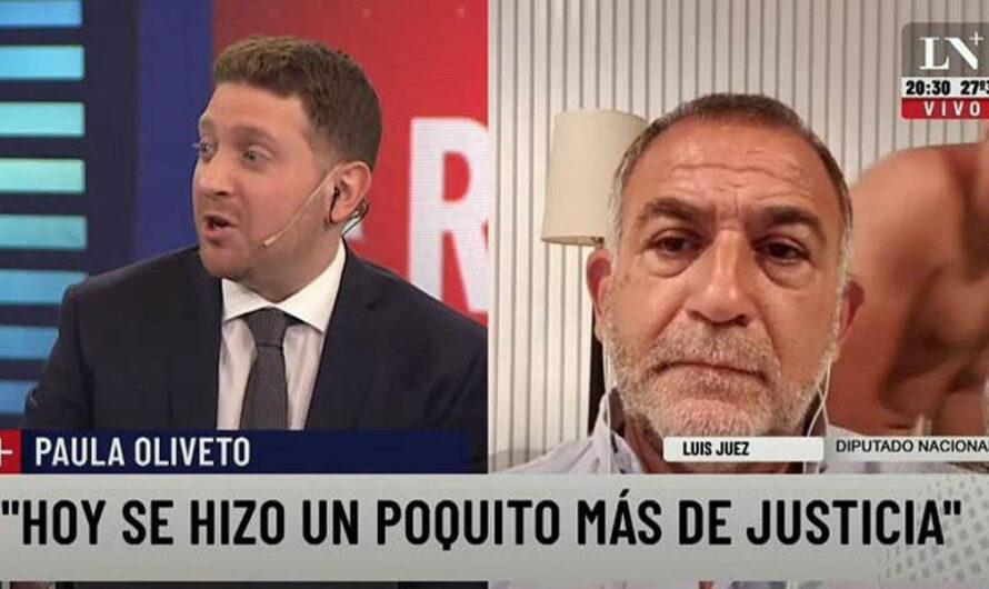 El hijo del diputado Luis Juez se cruzó semidesnudo durante una entrevista televisiva