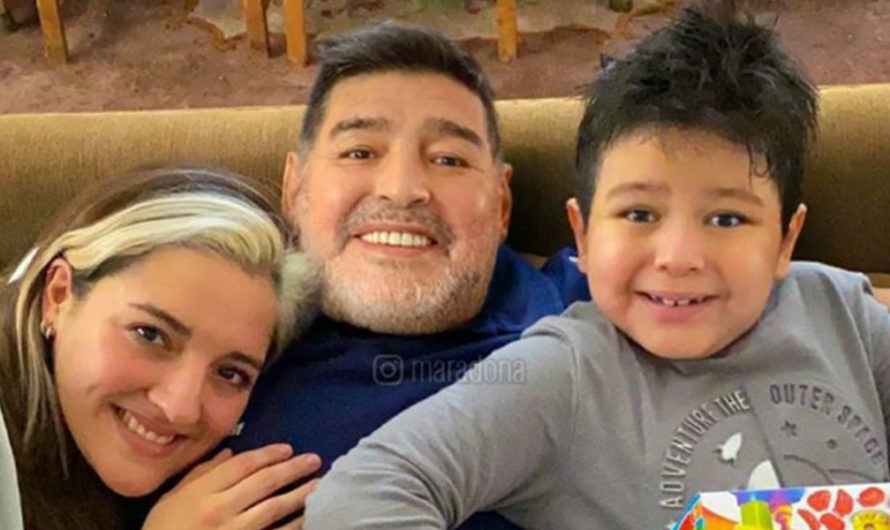 Diego Maradona pasó el sábado en familia y Gianinna lo sorprendió