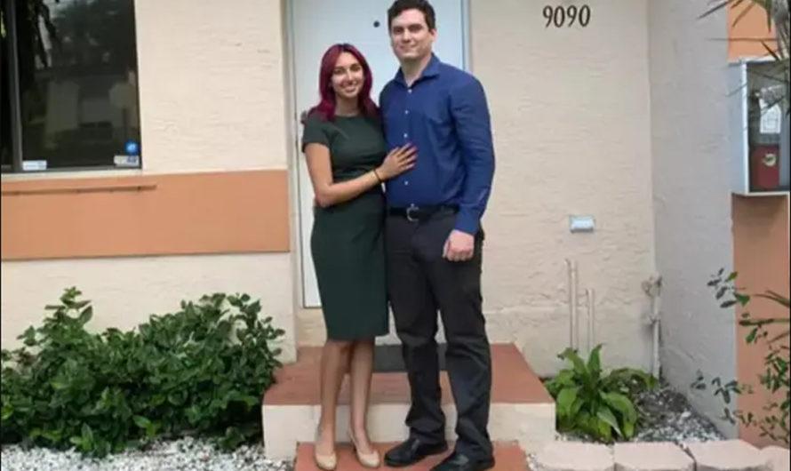 A los 21 años compró una casa, tiene dos títulos universitarios y va por el doctorado