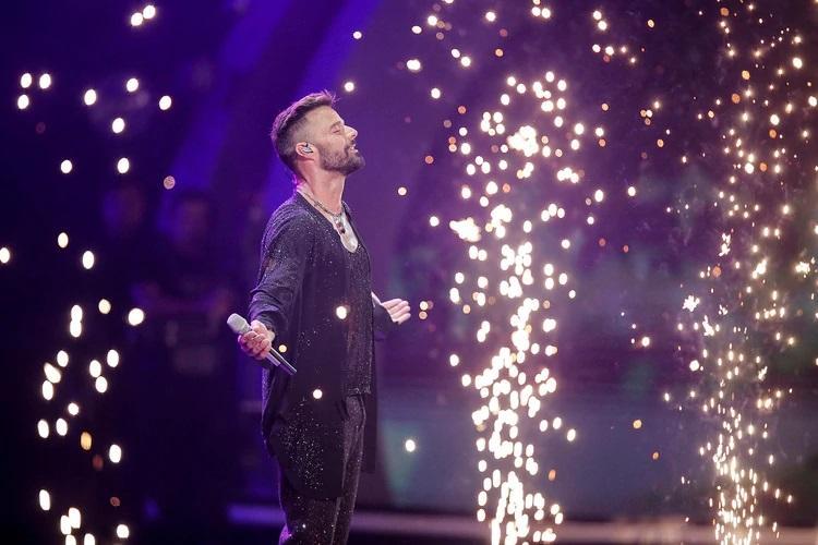 Ricky Martin abrió Viña del Mar 2020 con sus últimos éxitos y a los besos