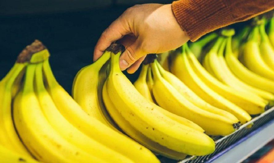 Compró bananas, y no se daba cuenta que estaba poniendo en riesgo su vida