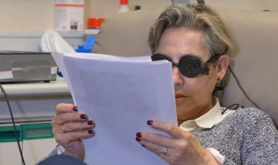 Con un implante cerebral logran que una mujer ciega pueda ver
