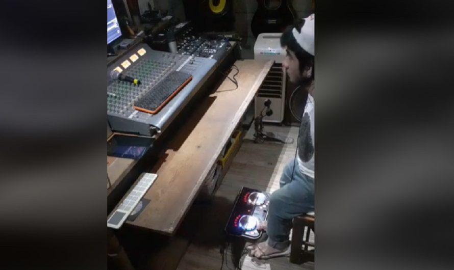 Ejemplo de superación: DJ Airton, el único de toda Argentina que mezcla con los pies Y ES DE AÑATUYA [VIDEO]