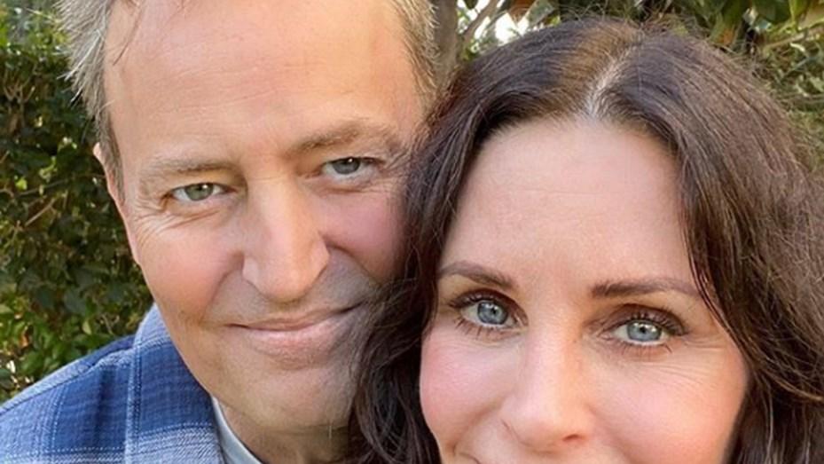Monica y Chandler, juntos: la selfie de Courteney Cox y Matthew Perry que reaviva el rumor sobre la vuelta de Friends