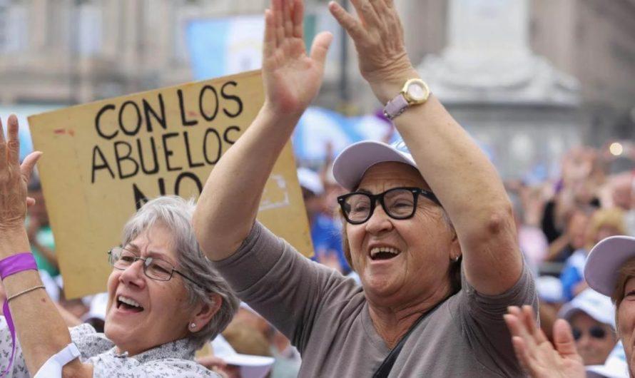 Buscan que se declare inconstitucional el aumento para los jubilados