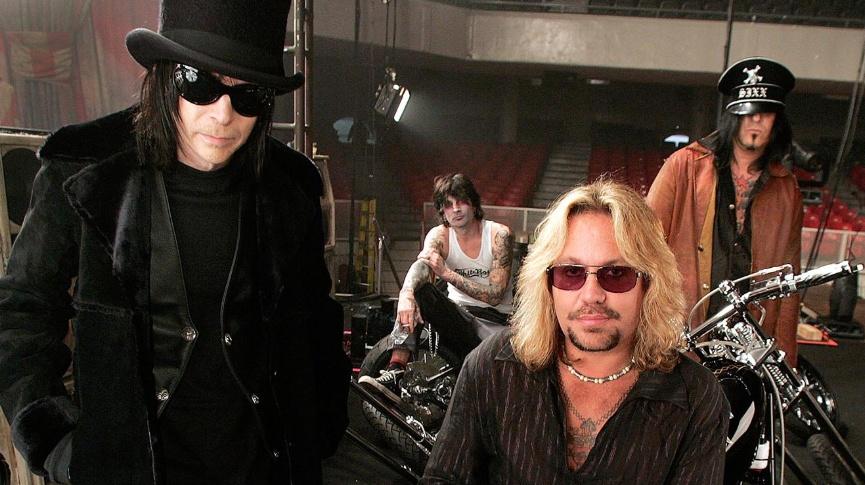 La legendaria banda escandalosa, Mötley Crüe anunció su regreso a los escenarios