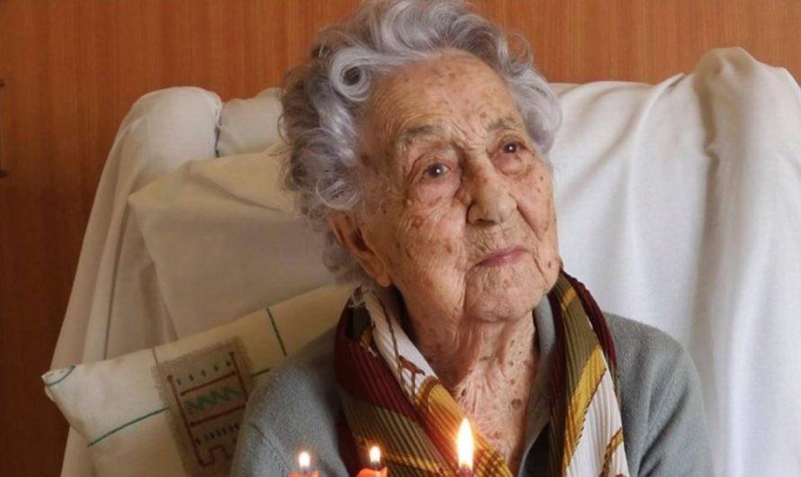 ¡Viejos son los trapos! Con 113 años, la mujer más longeva de España derrotó al coronavirus