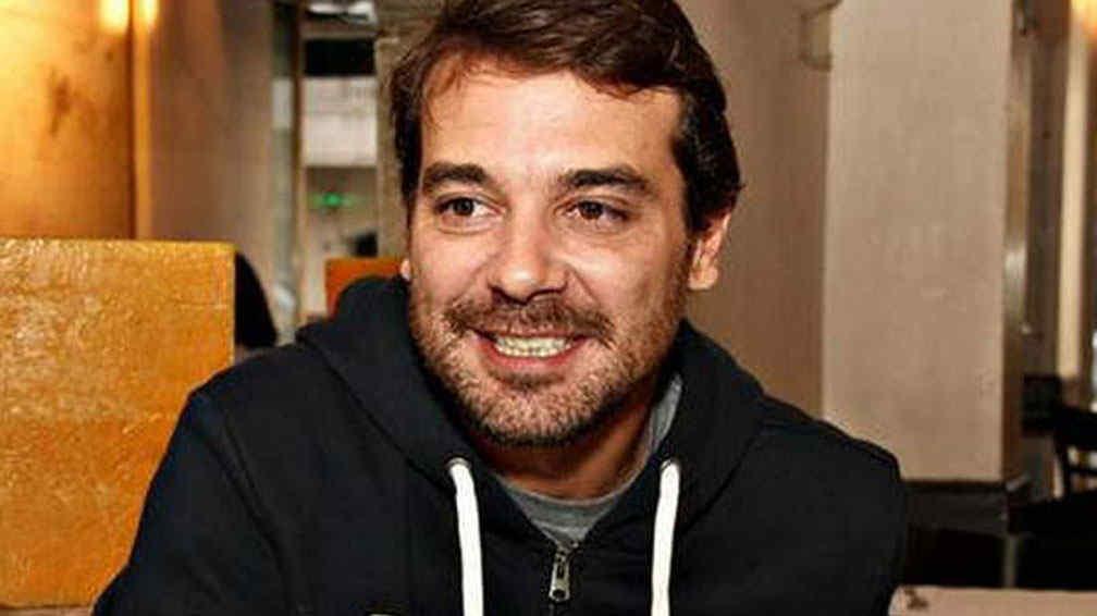 Pedro Alfonso homenajeó a Emilio Disi con un emotivo cartel