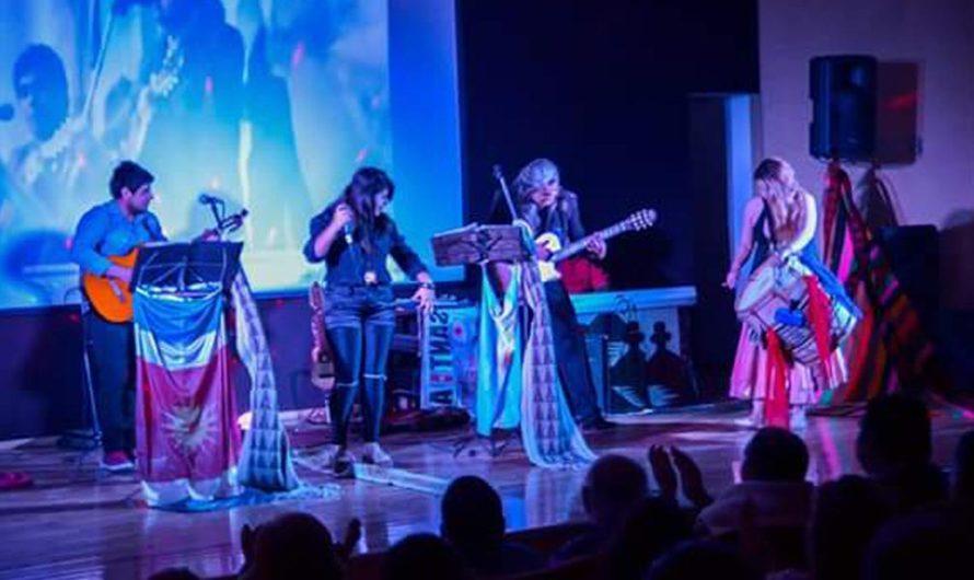 """Héctor Santa Cruz Carabajal y su familia nos invitan a musicalizar Semana Santa con """"Misa de Chacareras"""""""