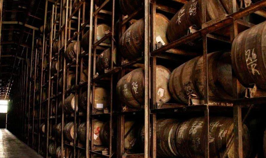 Destilerías de ron y vodka dejan de producir para fabricar alcohol de uso sanitario